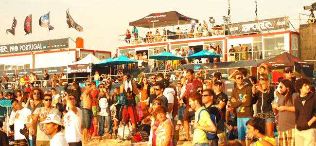 rip-curl-pro-portugal-crowd