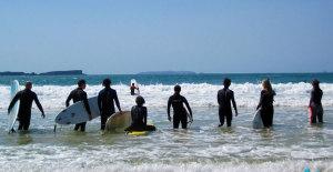 surfanje-na-valovima-portugal